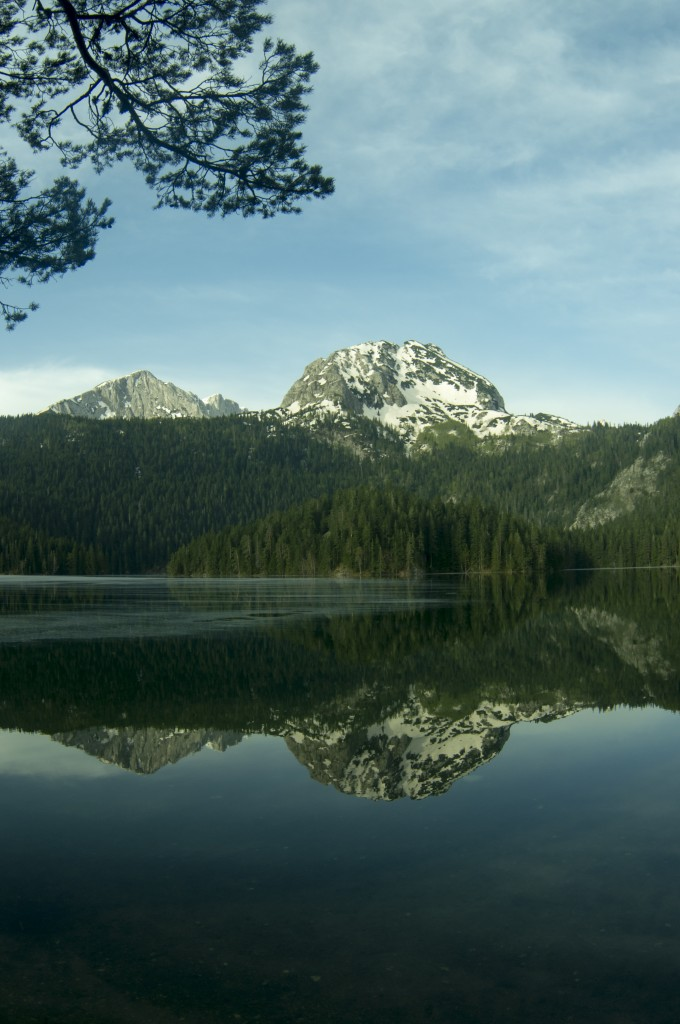 Чёрное озеро Дурмитор